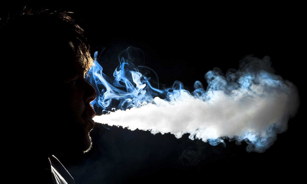 how to vape, how to use a vaporizer, how to use a vape pen, what is a vaporizer, how does a vaporizer work