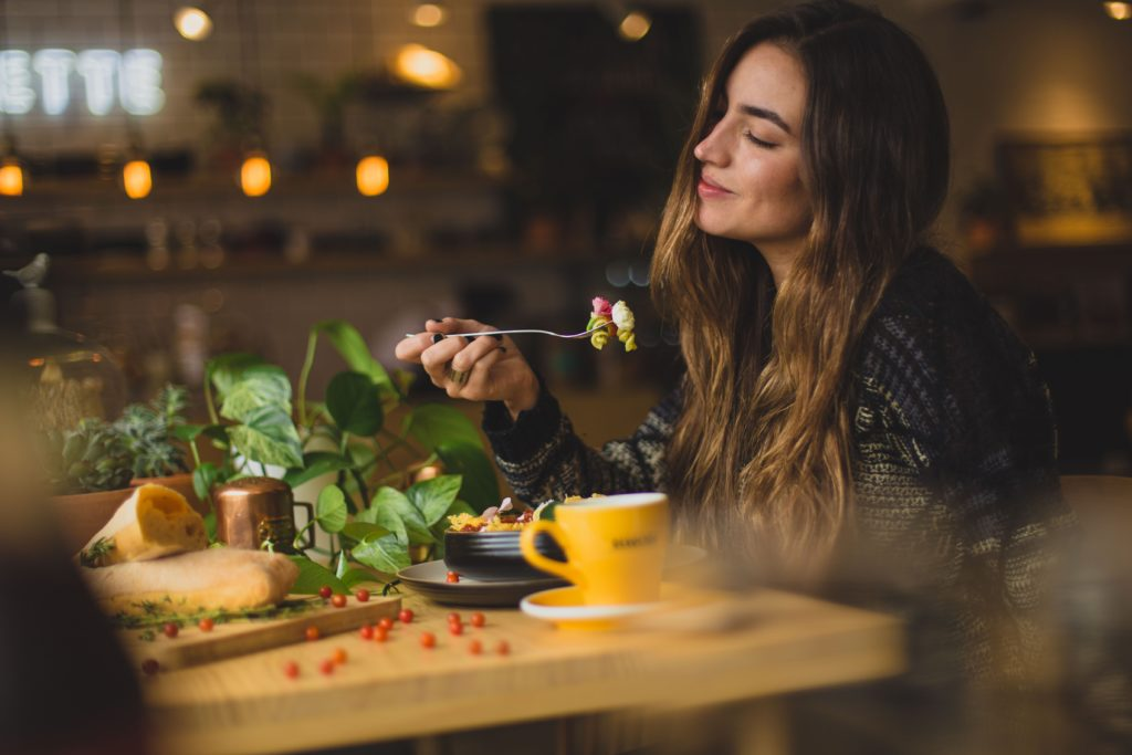 Weed And Appetite: 10 Cannabis Products To Stimulate Your Appetite